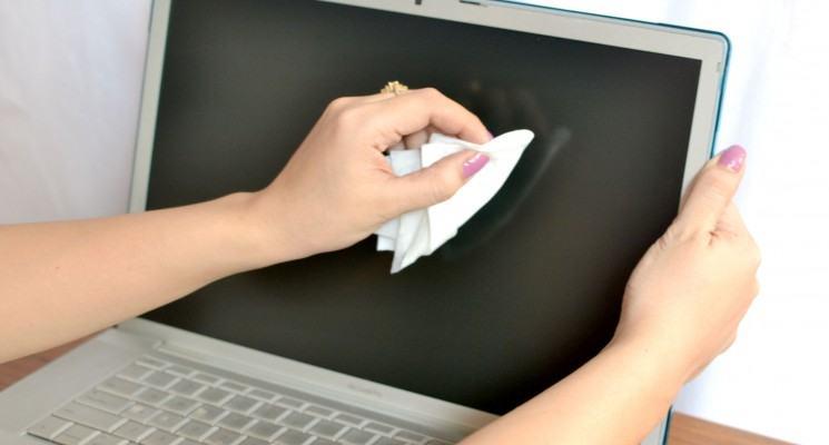 Clean-a-Macbook-Pro-Screen-Intro